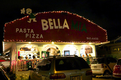 Bella Mia Restaurant - Beretania St, Honolulu, O'ahu, Hawaii - Day 14 of 365, January 14 2011