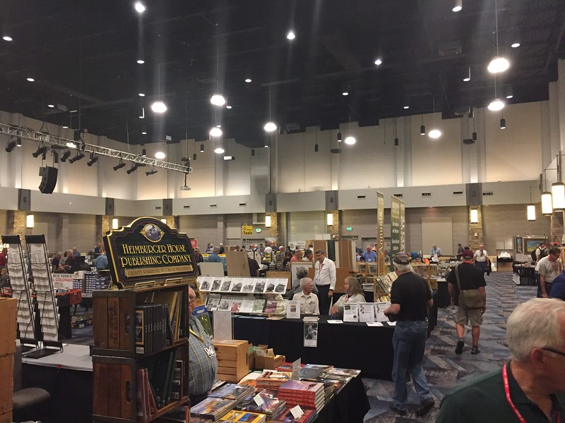 Smaller Vendor Room