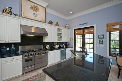 380 Shores Drive - January 06, 2012-143