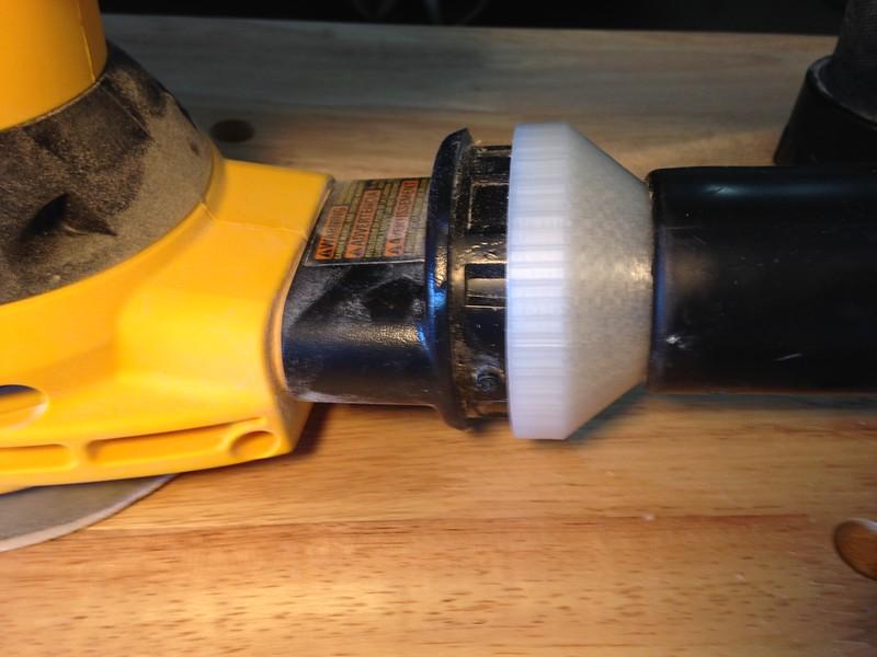 Shop vac attachment for orbital sander