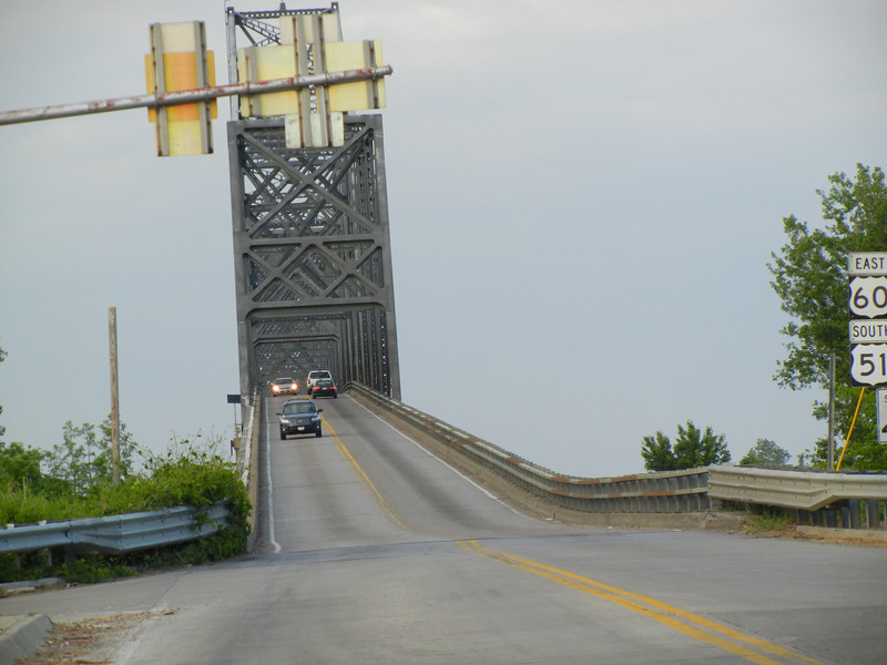 Bridge over the Mississippi and Ohio confluence. An amazing view from the top of the bridge.