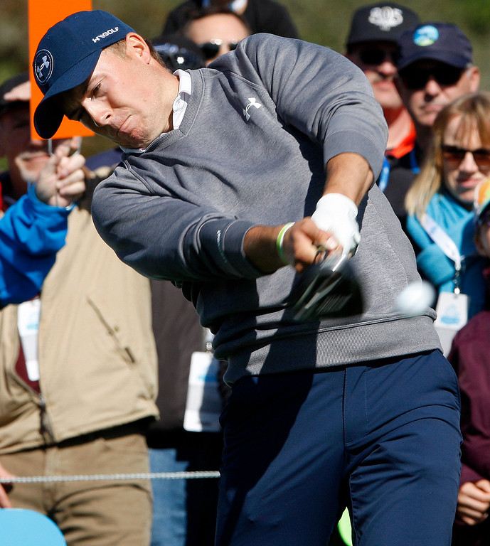 . Jordan Spieth hits his tee shot on the 6th hole at the Pebble Beach Golf Links during the third round of the AT&T Pebble Beach Pro Am on Saturday, Feb. 11, 2017.   (Vern Fisher - Monterey Herald)