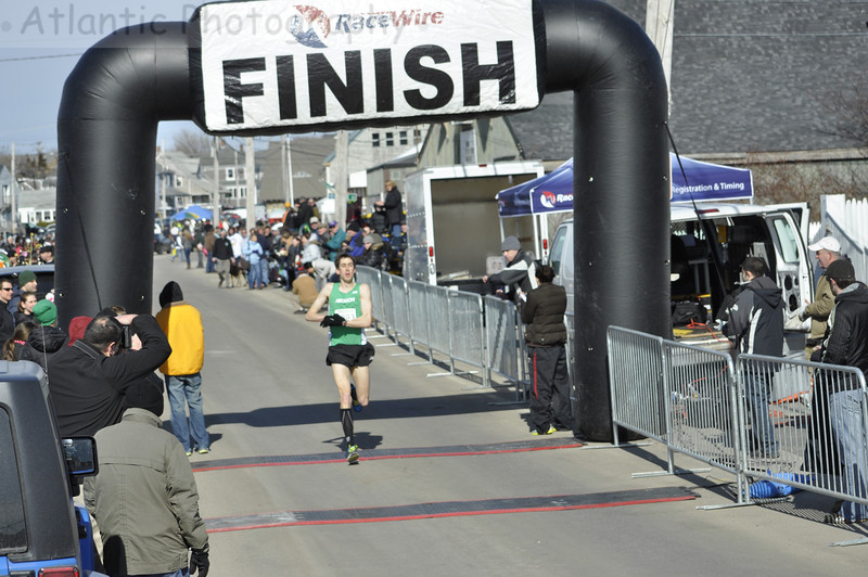 ‎2013 Marshfield St. Patrick's Day 5K Men's Champion Paul Rupprecht from Cambridge. Paul set a new male course record of 15:17!