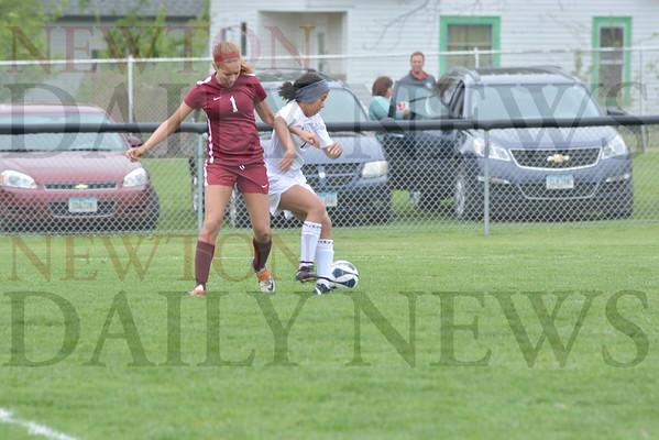 4-29 CMB vs. PCM girls soccer
