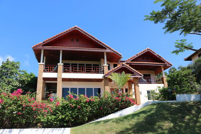 Exterior of villa Issara