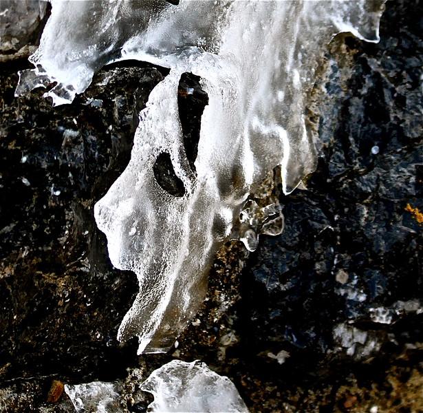 Masque de glace, Montségur