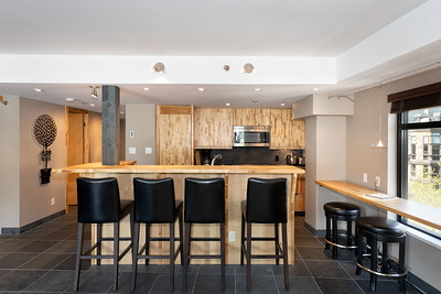 C401 Kitchen 1
