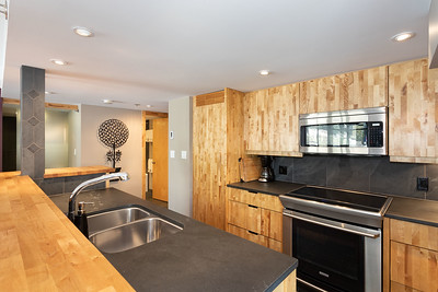 C401 Kitchen 2