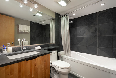 C401 Bath 2