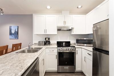 L403 Kitchen 2