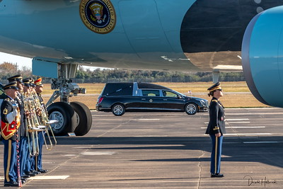 Hearse carrying 41 on its way to Air Force One