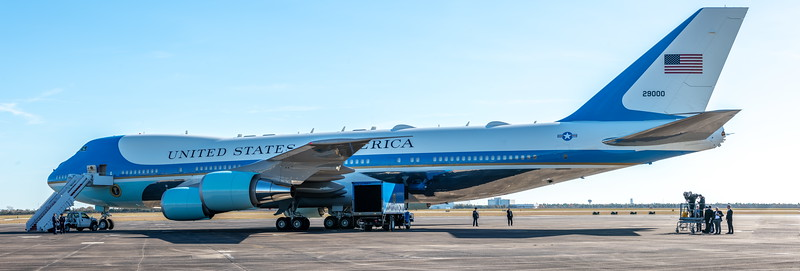 """Air Force One """"at the ready"""""""