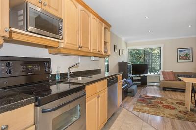 H415 Kitchen 2