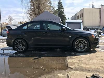 42B wheels SL15 Lancer EVO X 18x9.5 Brembo ok