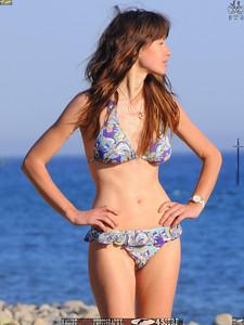malibu beautiful woman april swimsuit 45surf 266..
