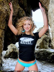 beautiful woman malibu swimsuit model 45surf beautiful 116.45.4.54.5