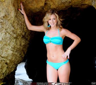 malibu matador swimsuit model beautiful woman 45surf 120.,.,.