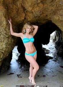 malibu matador swimsuit model beautiful woman 45surf 158,.,,.,.,.