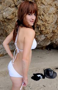 beautiful woman swimsuit model malibu bikini 450.09..