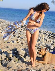 malibu beautiful woman april swimsuit 45surf 428.,.,.