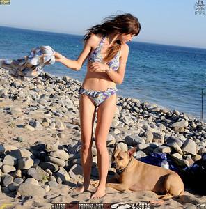 malibu beautiful woman april swimsuit 45surf 426.,.,.,.