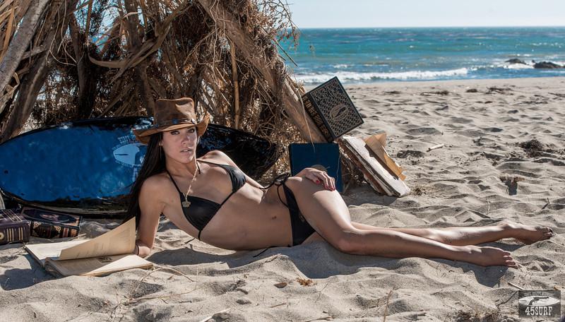 Nikon D800E Photos Pretty Brunette Swimsuit Bikini Model Goddess! Gorgeous Blue Eyes! Sharp Nikkor 70-200mm VR2 F2.8 Lens!