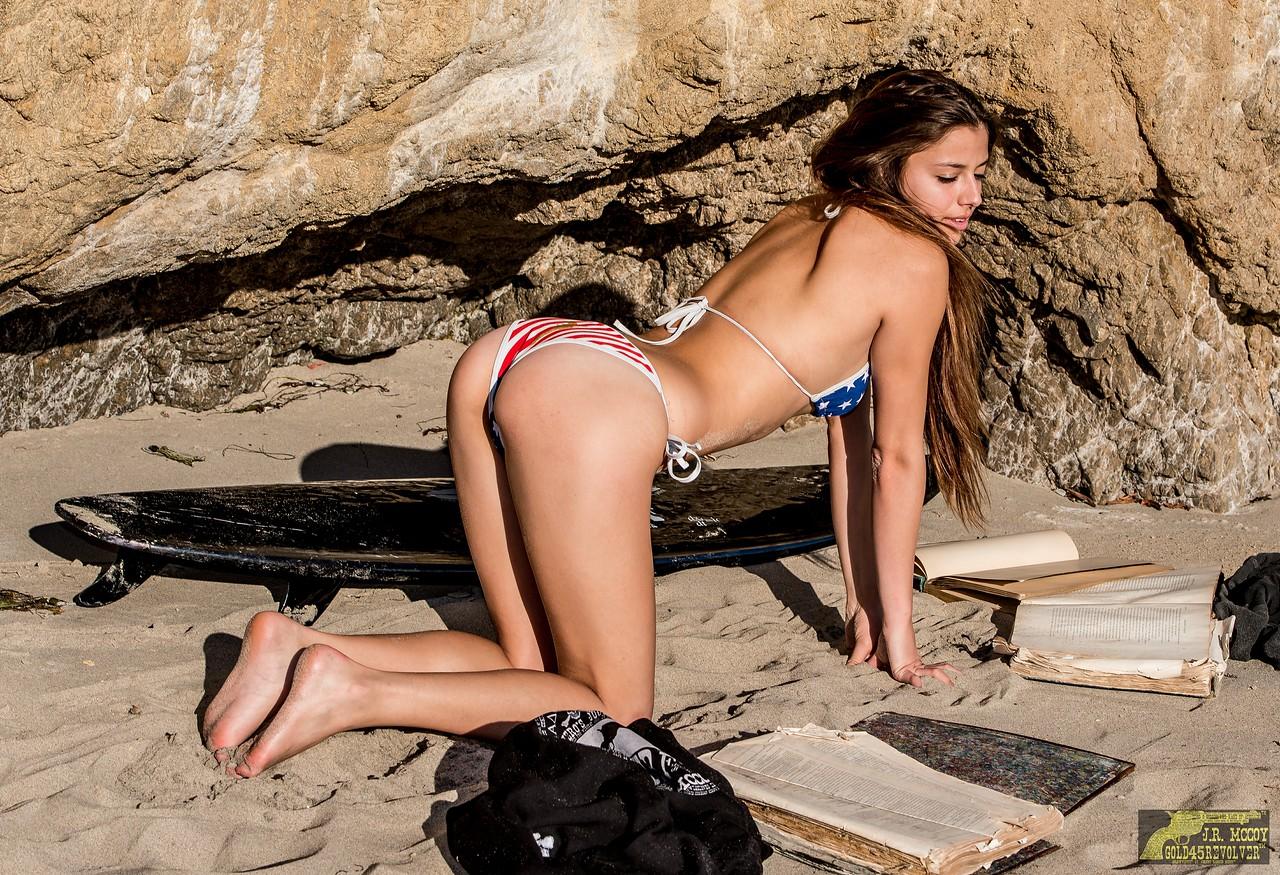 Nikon D800E Photos Pretty Brunette Swimsuit Bikini Model Goddess with the Black 45SURF Surfboard! Gorgeous Brown Eyes!