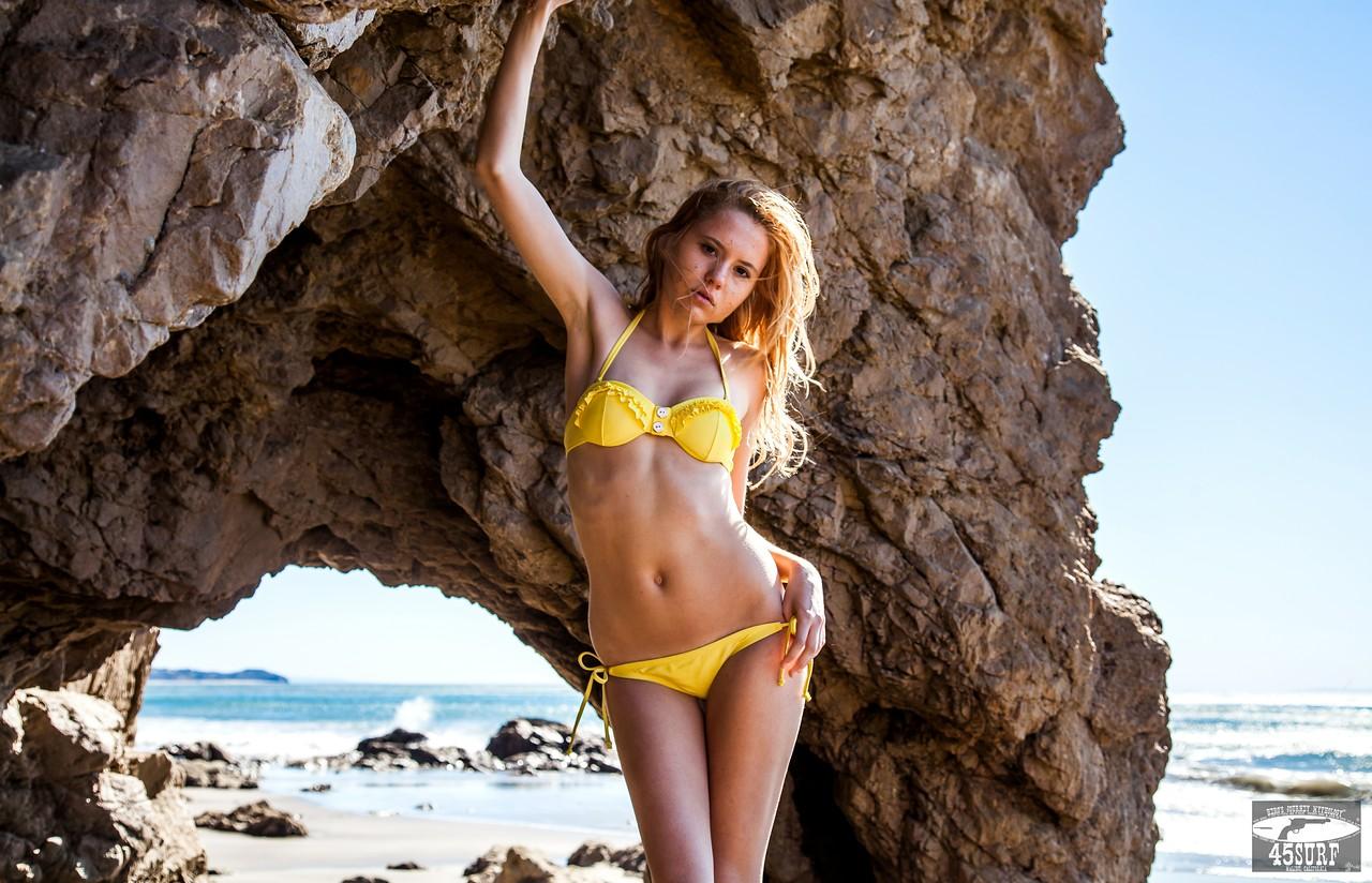 PRETTY! Canon 5D Mark II Photos of Beautiful Blonde Swimsuit Bikini Model Goddess with Pretty Hazel Eyes :)