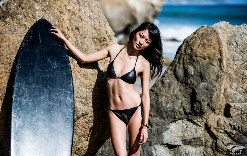 Nikon D800 Photos Pretty Asian Swimsuit Bikini Model Goddess with Black Surfboard: Sharp Nikkor 70-200mm VR2 F/2.8 Lens