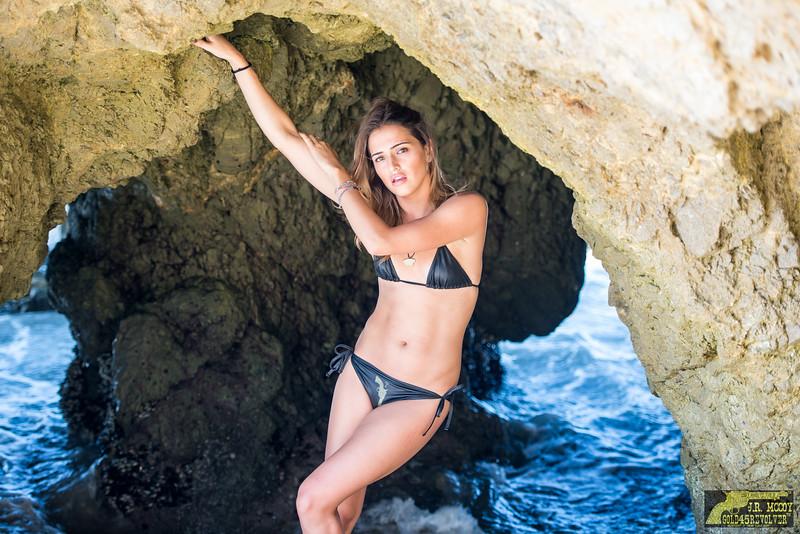 Nikon D800E Photos Pretty Swimsuit Bikini Model Goddesses with Sharp Nikon 70-200mm f/2.8G ED VR II AF-S Nikkor Zoom Lens For Nikon!
