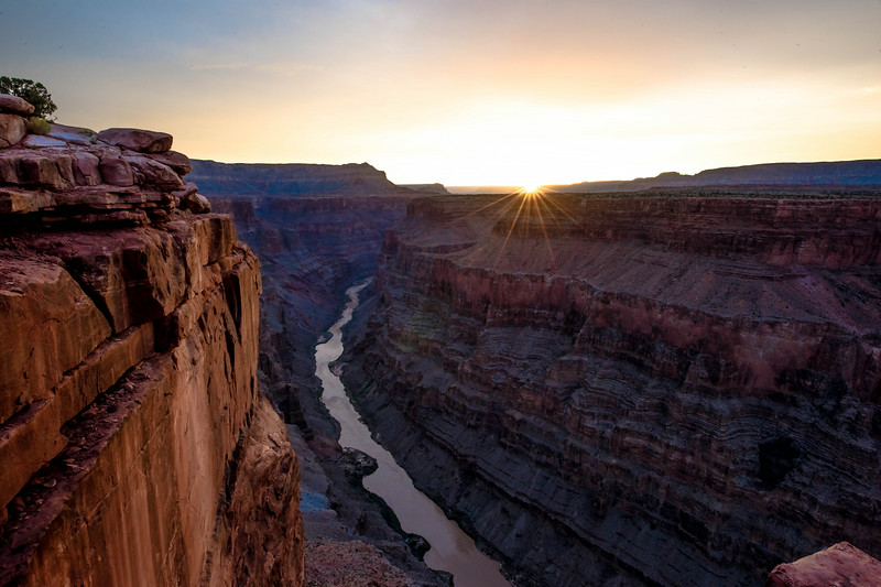 Nikon D810 Sunrise Photos of Toroweap (Tuweep) Overlook Grand Canyon Arizona! Dr. Elliot McGucken Fine Art Landscape & Nature Photography for Los Angeles Gallery Show !
