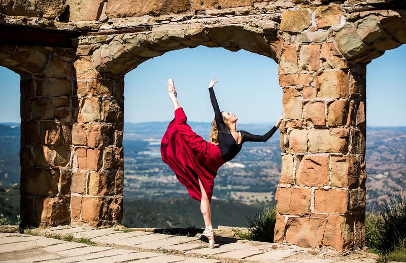 Fine Art Ballet Landscapes! Nikon D810 Photos of Ballerina Dance Goddess Photos! Pretty, Tall Ballet Models Captured with Nikon 70-200mm f2.8 ED VR II AF-S Nikkor Zoom Lens !