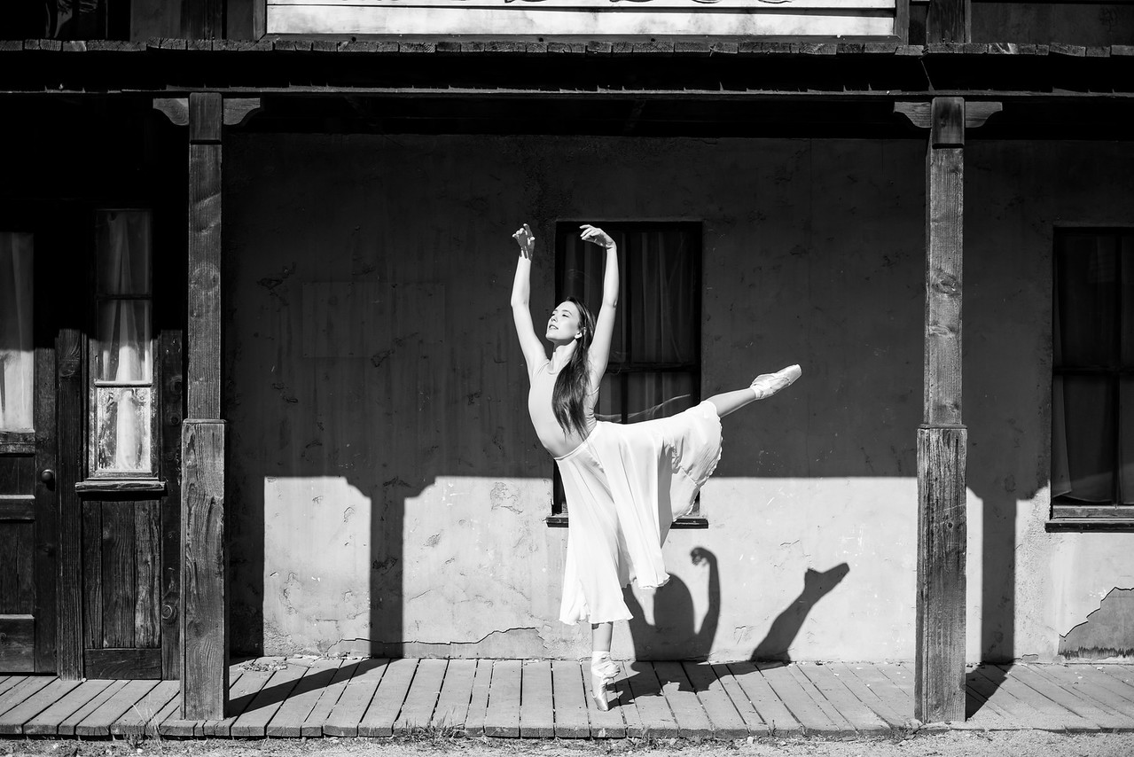 Nikon D810 Photos Beautiful Ballerina Dancers! Dancing Ballet in Malibu!