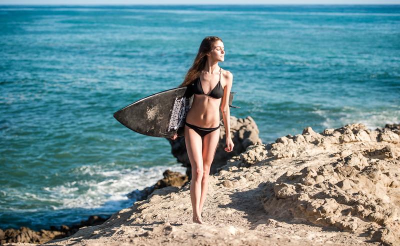 Pretty! Nikon D800E Beautiful Swimsuit Bikini Model Goddess!  Nikon AF-S NIKKOR 70-200mm f/2.8G ED VR II Lens!