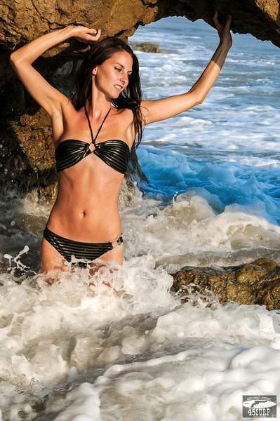 Pretty Italian Swimsuit Bikini Model Goddess! :) Nikon D300 Photos Beautfiul Brunette with Pretty Blue Eyes!
