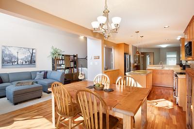 G46 Dining Kitchen