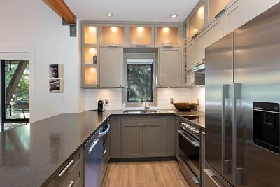 4632 Kitchen 2