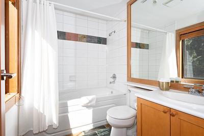 4632 Bath 2