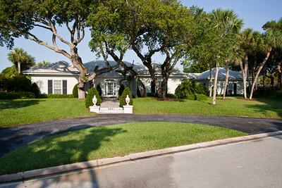 4691 Pebble Bay Circle April 19, 2011 LR-12