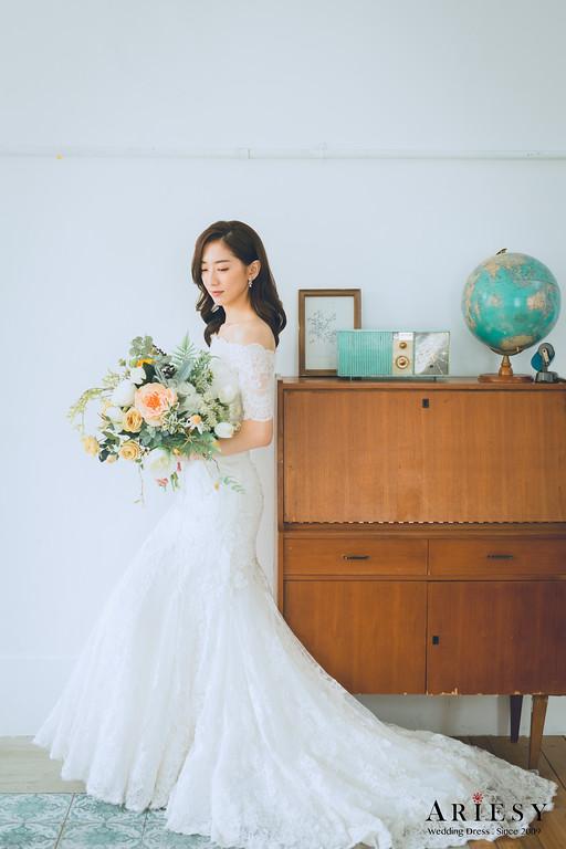 禮服出租,新莊自助婚紗,手工婚紗,婚紗包套,魚尾白紗,桃心領白紗,圖騰蕾絲白紗