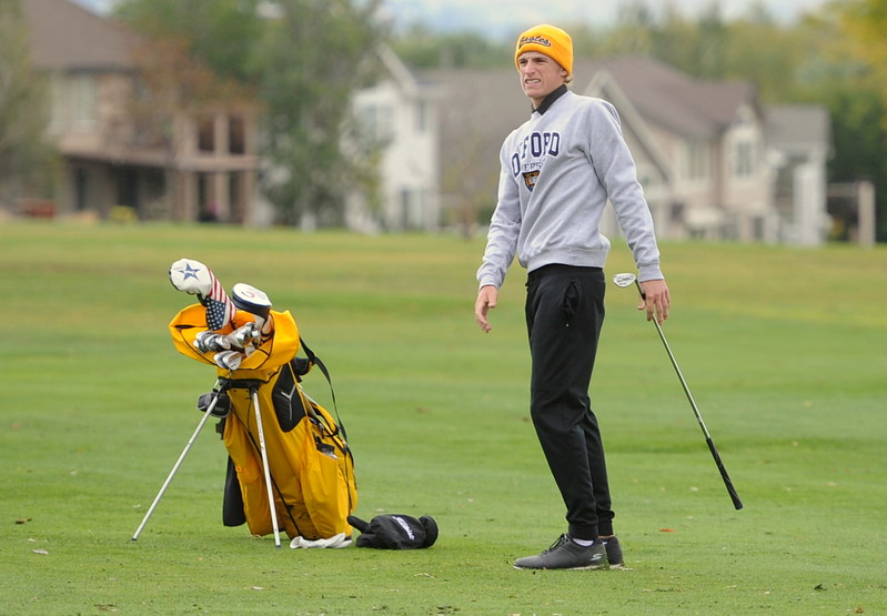 Thompson Valley's Nate Dwyer reacts to his approach shot on the 15th hole during the first round of the 4A state golf tournament on Monday at Raccoon Creek in Littleton.