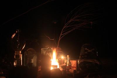 U&mee (Cognac Under the Tree con Lamp'n Shoe Around the Fire)