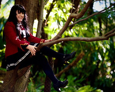 An Edwardian Vampire up a tree? Ailise Troy