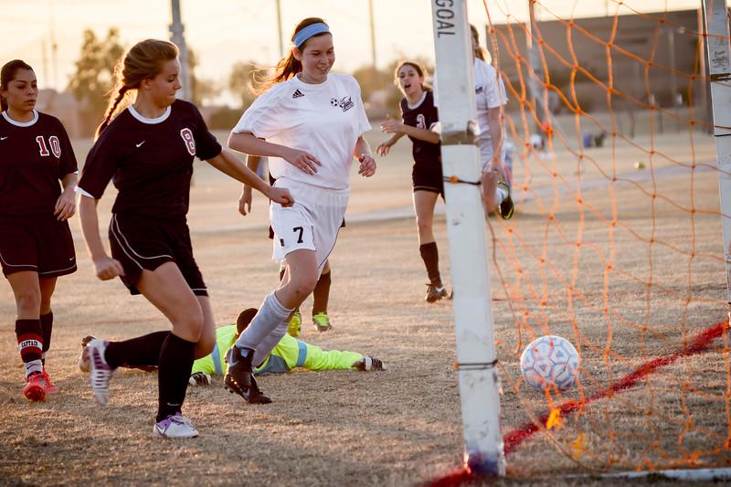 horizon_girls_soccer_72.jpg