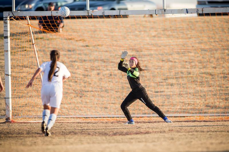 horizon_girls_soccer_28.jpg