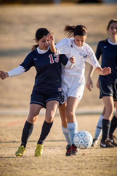 horizon_girls_soccer_15.jpg