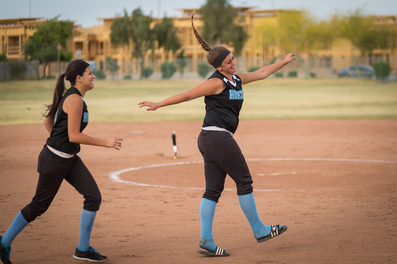horizon_softball_seniors-0558.jpg