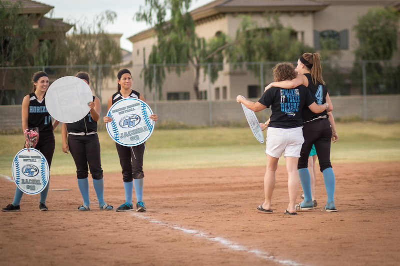 horizon_softball_seniors-0415.jpg