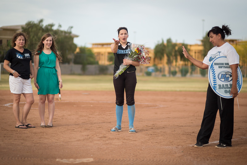 horizon_softball_seniors-0406.jpg