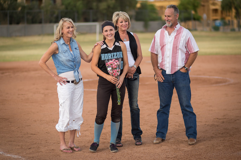 horizon_softball_seniors-0372.jpg